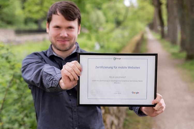 Felix Uhlenhut ist einer von sieben zertifizierten Experten im lindbaum-Team für mobile Websites